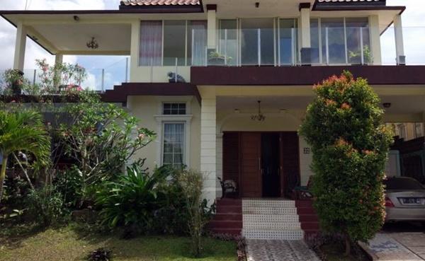 Hotel Bintang 5 di Bogor Million Dollar View Villa