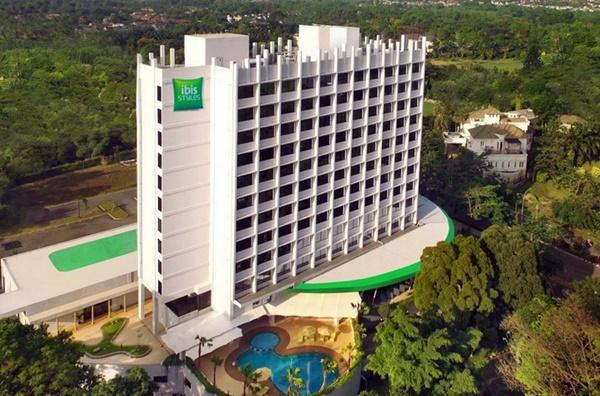 Hotel di Bogor Bintang 3 IBIS Styles Bogor Raya