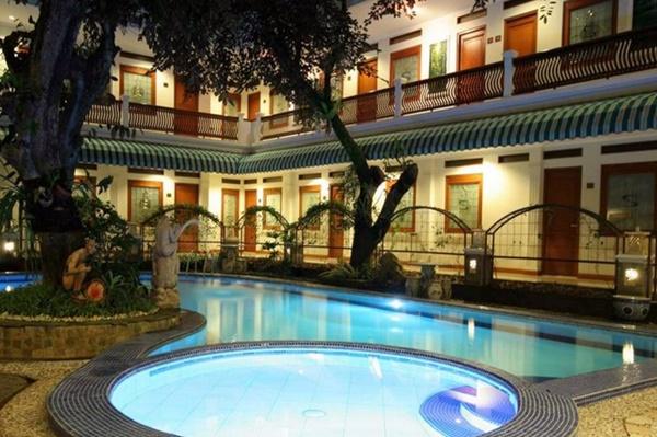 Hotel di Bogor Dekat Kebun Raya Sahira Butik Hotel