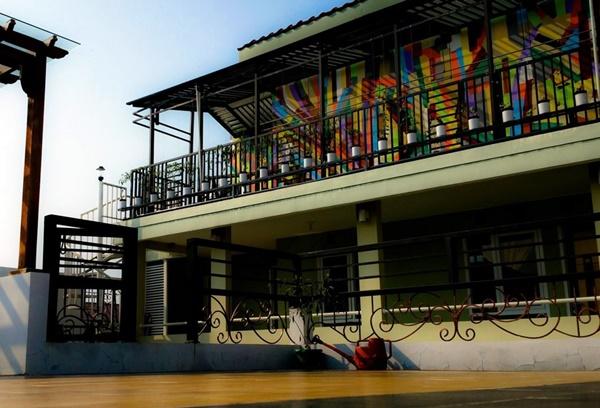 Penginapan Murah di Bogor PoLaz (Bed 'n Brew)